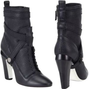 Fendi Black Leather Wrap Boots/Booties 34.5